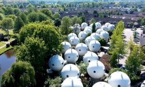 Ngôi làng trông như của 'người ngoài hành tinh'
