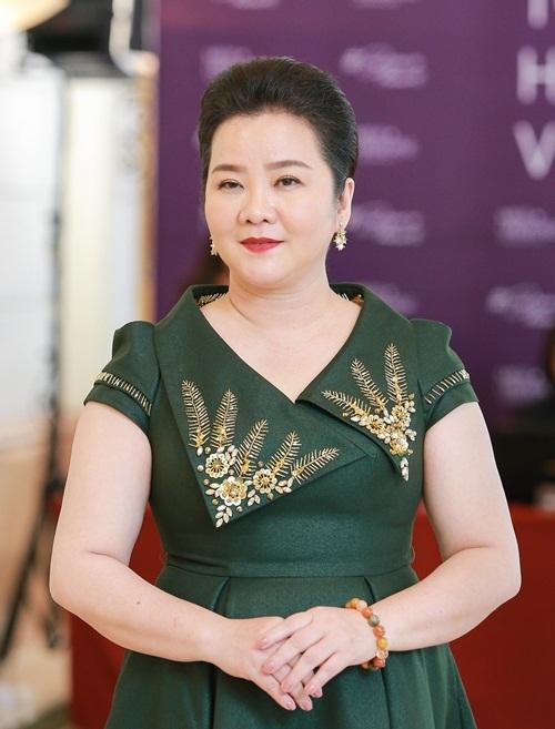 Bà Xuân Trang đóng vai trò Trưởng ban giám khảo.