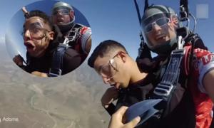 Lính Mỹ ngất xỉu 3 lần khi nhảy dù