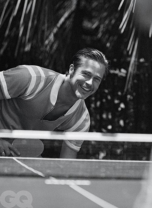 Thời gian chỉ khiến chúng ta già đi thôi. Nó cho ta những trải nghiệm cả tốt, cả tồi tệ. Khi bạn nhiều tuổi hơn, việc phân xử thắng - thua không đáng quan tâm nhiều nữa. Với tôi, cách chúng ta sử dụng quỹ thời gian như thế nào, dành thời gian bên cạnh ai mới là điều quan trọng, Brad Pitt chia sẻ.