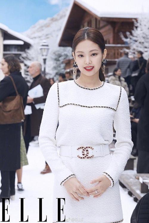Jennie là biểu tượng thời trang đình đám của xứ Hàn.