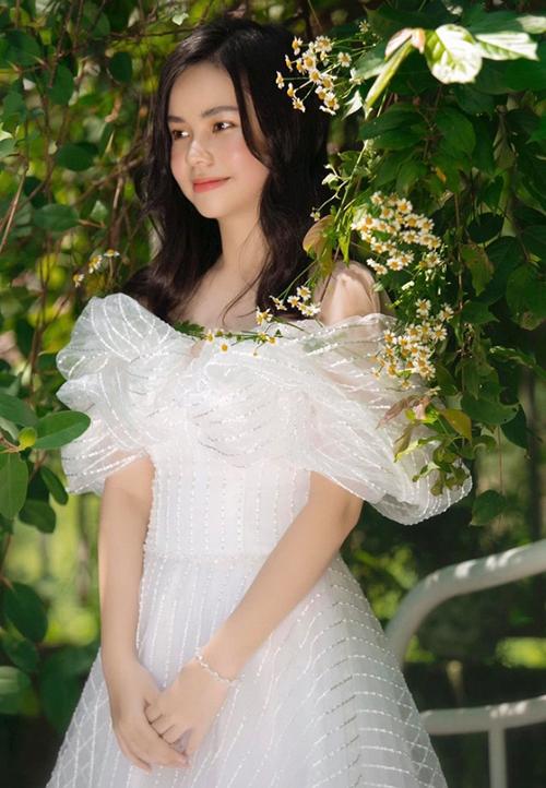 Diễn viên chính phim Vợ ba - Trà My - tinh khôi đón sinh nhật tuổi 15.