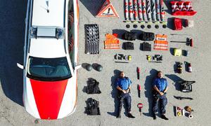 Trình 'sống ảo' của cảnh sát, lính cứu hỏa trên mạng