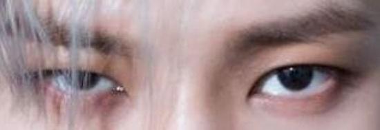 Đôi mắt mạnh mẽ, quyến rũ này là của nam idol Kpop nào? - 7