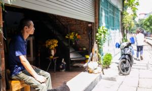 Nỗi lo mất nguồn thu nhập của dân phố đường tàu Phùng Hưng