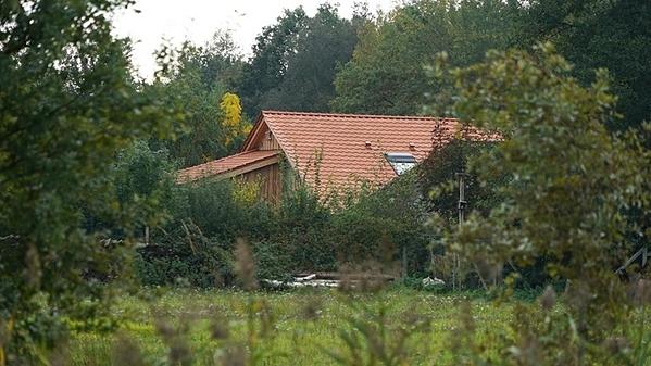 Ngôi nhà ở Ruinerwold nơi gia đình được tìm thấy. Ảnh: Persbureau Meter.
