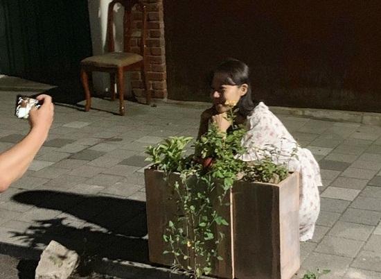 Hậu trường chụp ảnh sống ảo của Gong Hyo Jin.
